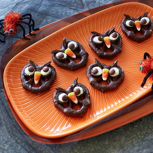 Pretzowls Chocolate Covered Pretzels Recipe Hallmark