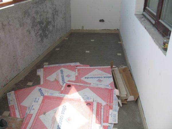 Укладка плитки на балконе. | Керамическая плитка, мозаика ...