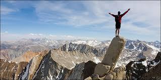 Hay que escalar la montaña para disfrutar del paisaje #ideas2helpu