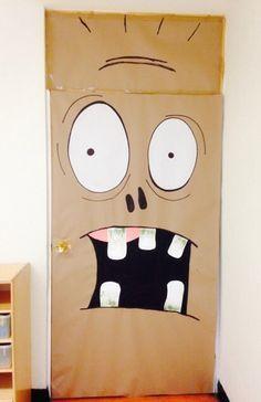 Halloween decoración puertas susto