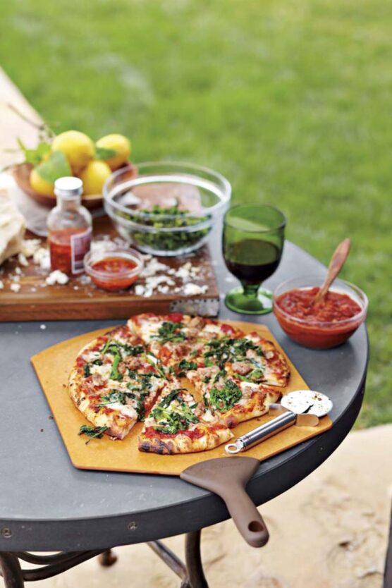 Arrange a pizza party