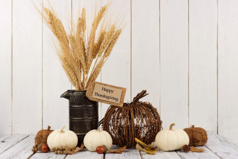 30 Cheap And Easy DIY Thanksgiving Decorations