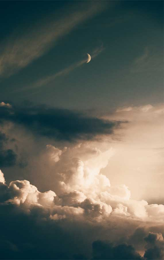 crescent moon and clouds,  iphone wallpaper, iphone wallpaper, summer iphone wallpaper, i wonder, iphone wallpaper ideas, iphone background #iphonewallpaper