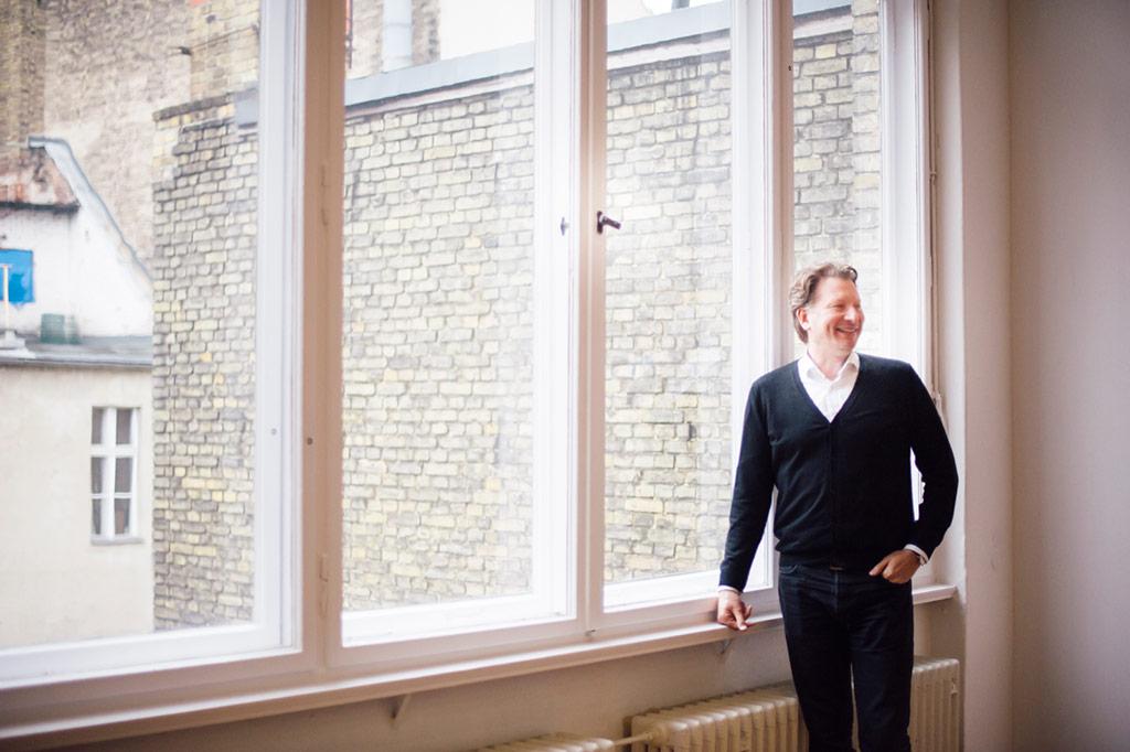 Interview mit Kristian Jarmuschek, BVDG-Vorsitzender & Galerist in Berlin · I DECLARE COLORS Blog für zeitgenössische Kunst · Eva Karl · ideclarecolors.com