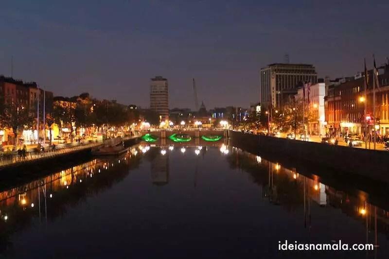 Dublin vista a noite - Irlanda