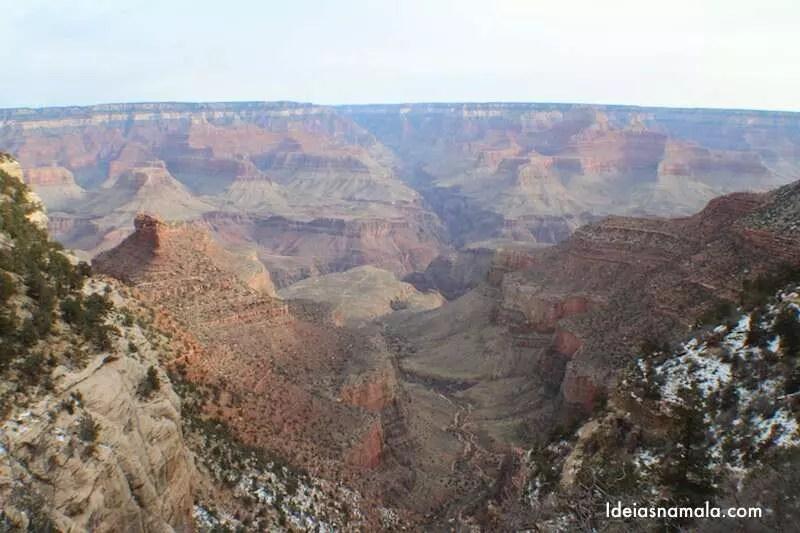 Vista da Trilha Bright Angel no Grand Canyon