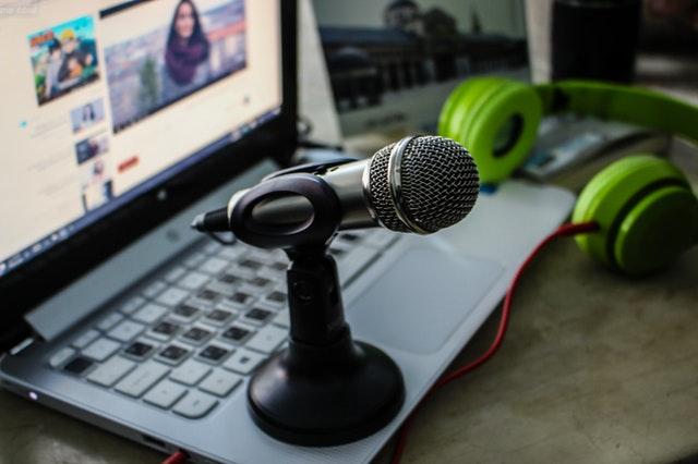 """""""Setup ideal para transmitir envolve o uso dos hardwares e softwares corretos"""""""