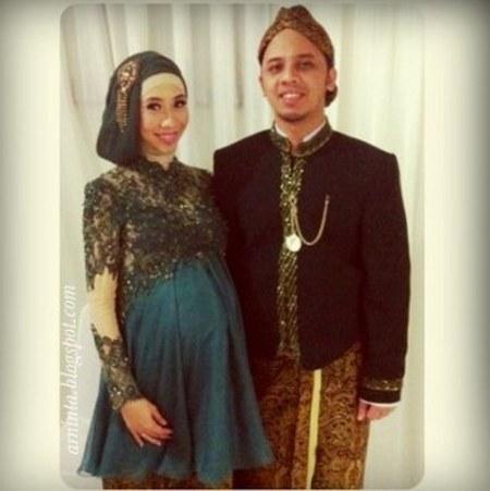 Contoh Disain Model Baju Kebaya Muslim Modern Untuk Wanita Muslimah Yang Sedang Hamil e1423578845139