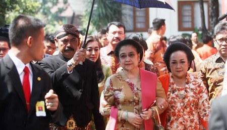 Ibu Megawati - Tamu Undangan Pernikahan Gibran Selvi.jpg