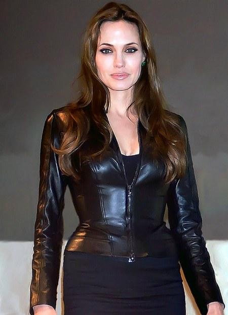 Jaket Ku;it Hitam Angelina Jolie