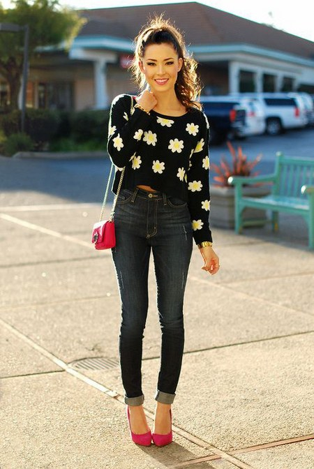high waist jeans dengan cropped sweater