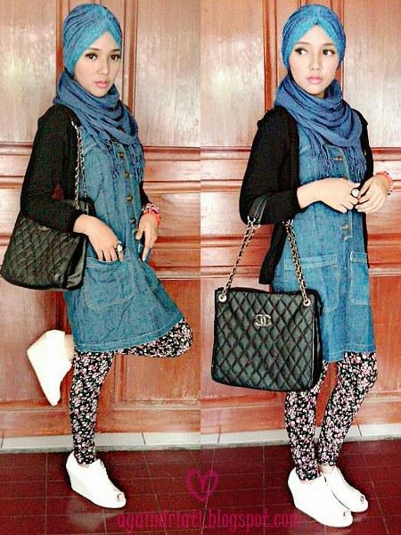 Hijab sopan dengan mini dress