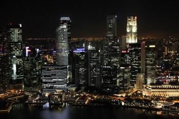 ciudad-iluminada-noche