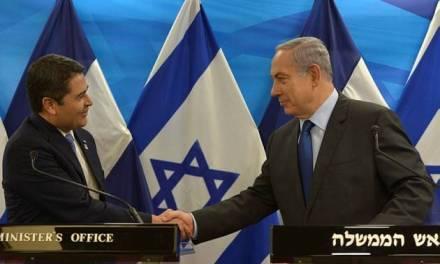 """Le président hondurien """"ne capitulera pas devant les menaces anti-israéliennes""""."""