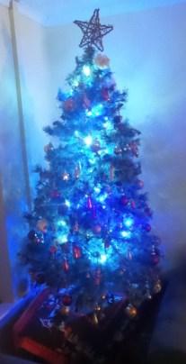 tree-300x586