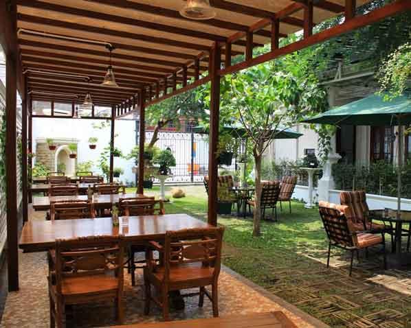 7 Tips Sukses Bisnis Mini Cafe Modal Kecil Untung Jutaan
