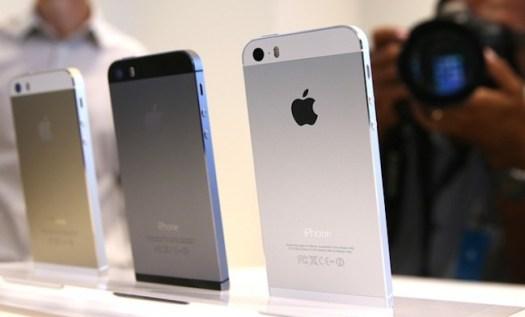 3 Pilihan Warna iPhone 5s (Gold, Graphite, White)