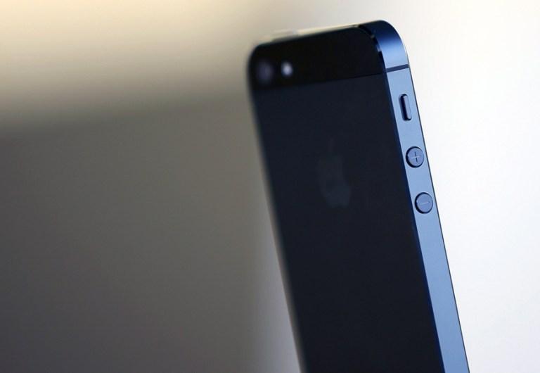 Harga iPhone 5S di india jadi yang Termurah? - iDevice