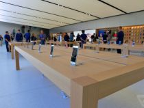 Here's the new Apple Store in Union Square, San Francisco with innovative design elements and programs
