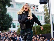 Apple celebrates the holiday season with a concert by Gwen Stefani at the Beer Bash event