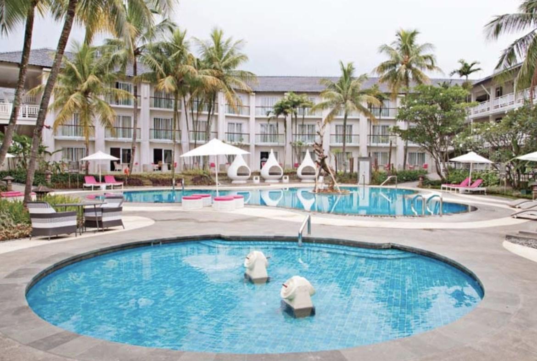Sheraton Bandung Hotel Bisa menjadi salah satu solusi Pernikahan Indoor anda