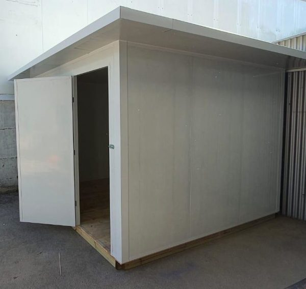 מחסן פאנל מבודד גדול 350*300