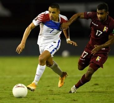 Cristian Cásseres Jr. contra Alexis Sánchez.