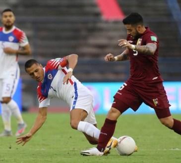 Junior Moreno contra Alexis Sánchez.