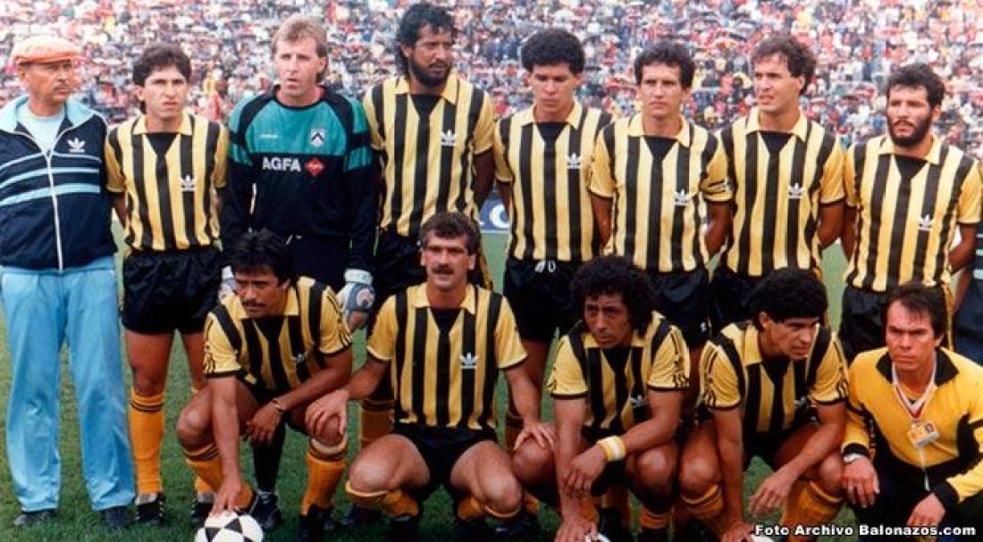 Táchira contra Independiente en la Libertadores de 1987.