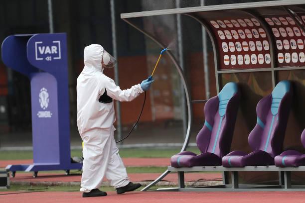 Precauciones anti coronavirus en el estadio Olímpico de la UCV.