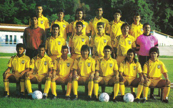 Leo González en Trujillanos, arriba a la izquierda