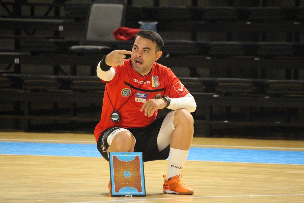 Freddy González, DT de la Vinotinto de Futsal