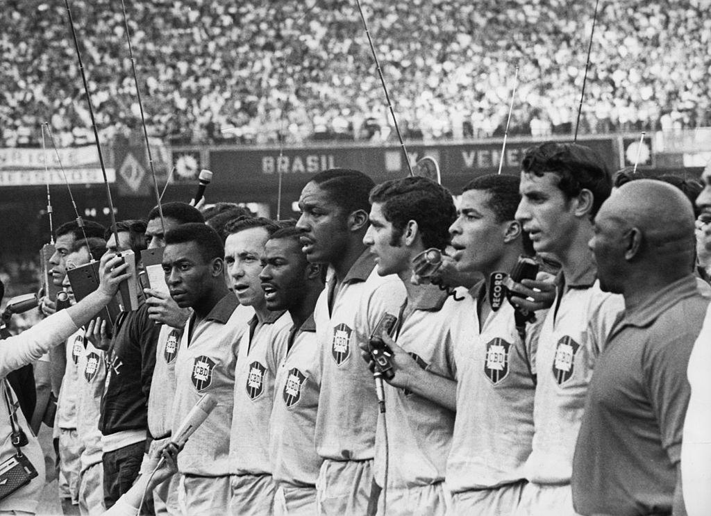 Brasil ante Venezuela en el camino a México 70
