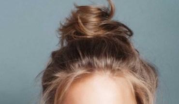 4 λόγοι για να κοιμάσαι με πιασμένα τα μαλλιά σε κότσο
