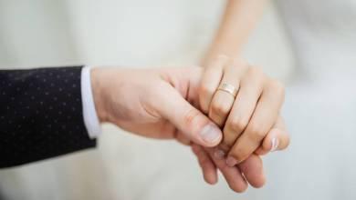 cincin pernikahan berlian