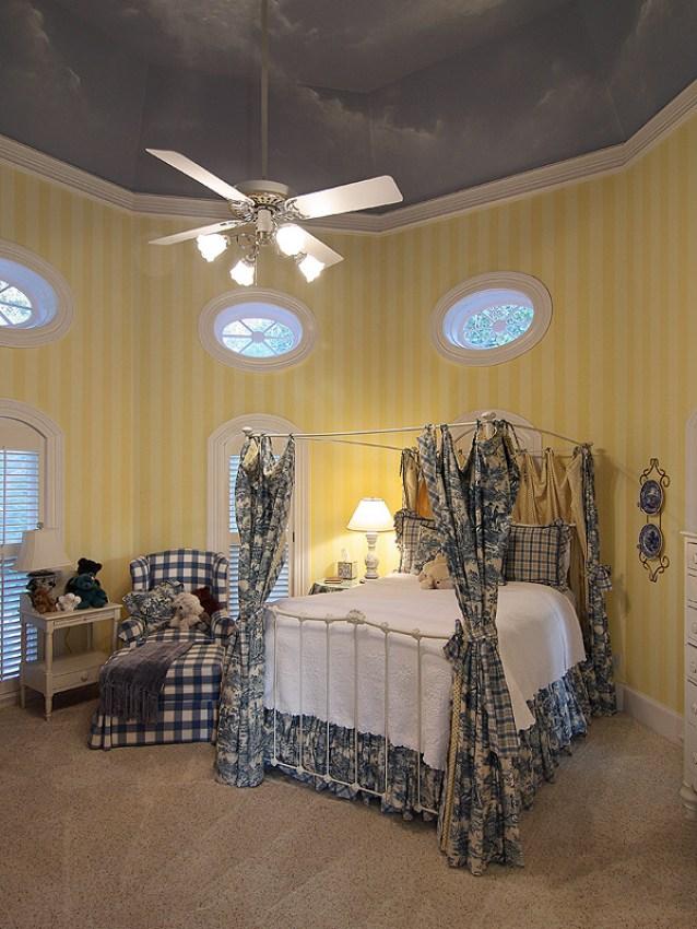 2314-island-wood-blueyellow-bedroom_0