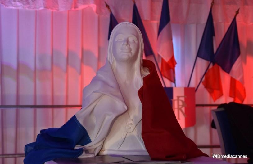 Marianne veillera sur nous !
