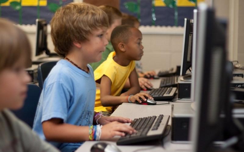 Ensino tecnológico para crianças