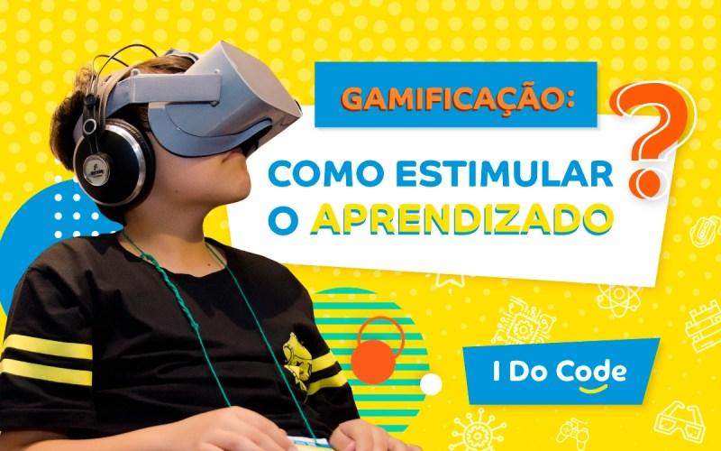 gamificação: imagem de um menino com óculos de realidade virtual