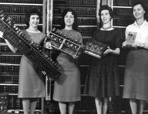 jovens mulheres de sucesso na área da tecnologia