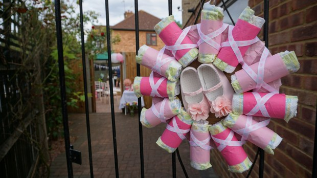 Baby shower decoration ideas pink nappy wreath
