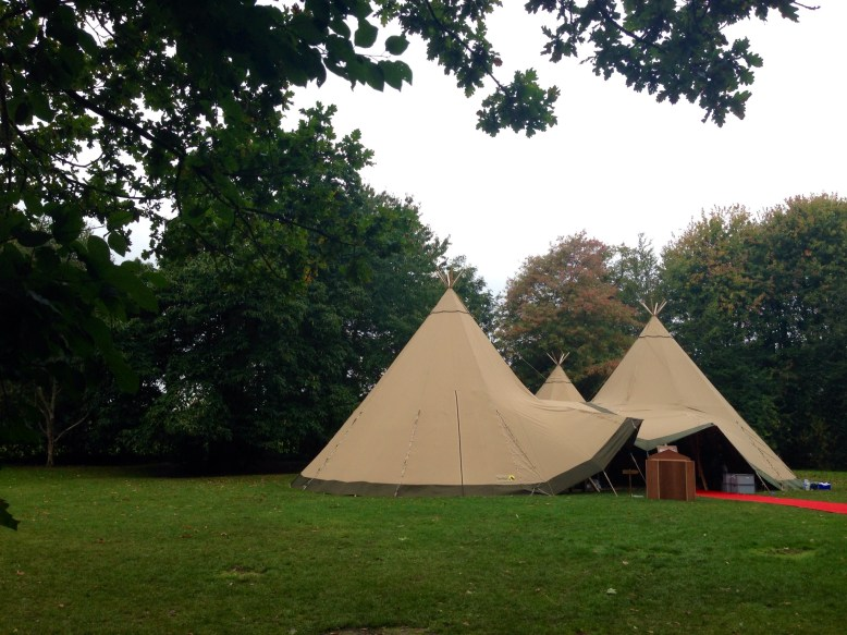 rustic wedding in a tipi