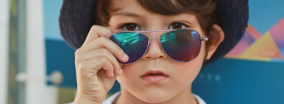 Kids I - IE68038, Boy wearing silver aviator with Revo mirror lens
