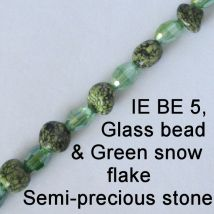 IE BE 5 - Green snow flake and glass bead chain