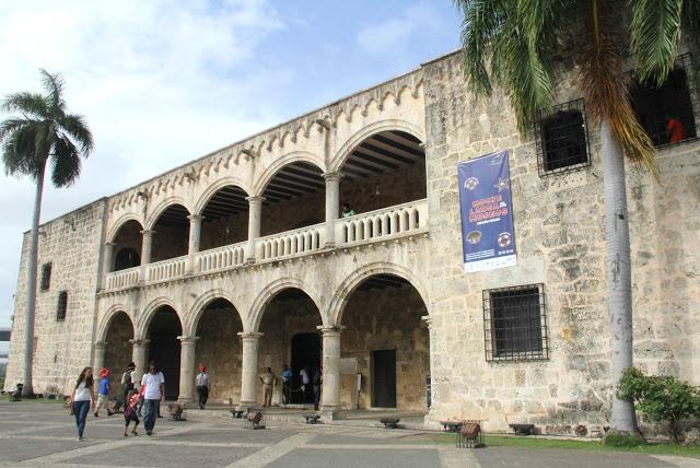 Museo Alcázar de Colón certificado con excelencia TripAdvisor – Imagenes Dominicanas