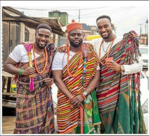 SEE SWEET LOVE!!! THESE AMAZING OUTFITS FOR TRADITIONAL MARRIAGES WILL MAKE YOU MOVE YOUR WEDDING DATE! edotraditionalwedding 300x275