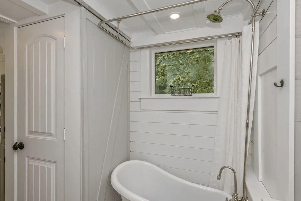 tiny house bathroom ideas 4