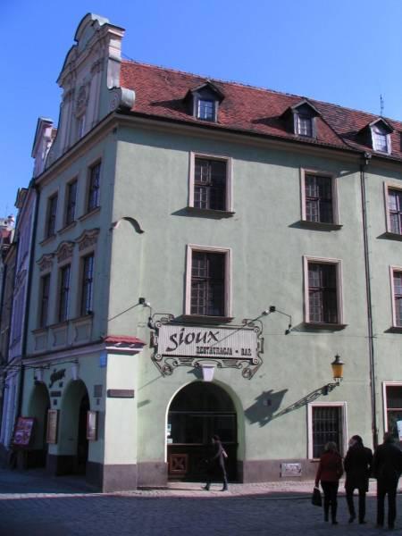 Stary Rynek 68 / Szkolna, Kozia 16 - przed remontem