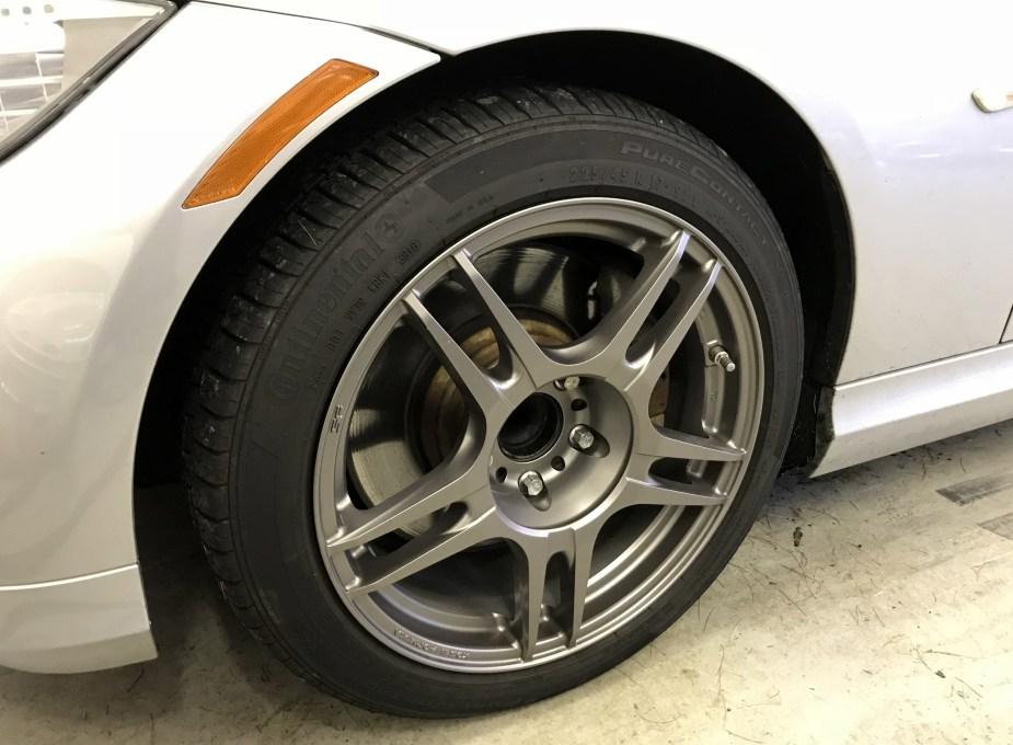 BMW_tire