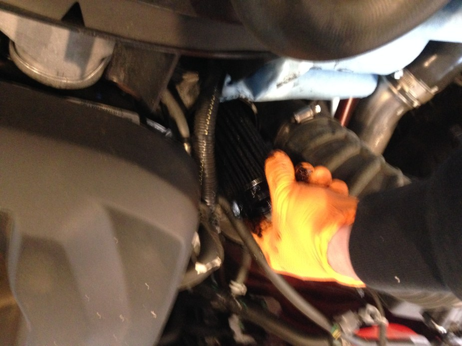 How-to: Duramax LWM 2 8L Oil Change Colorado & Canyon – Diesel News